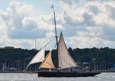 Willow Wren Yacht v. 1898